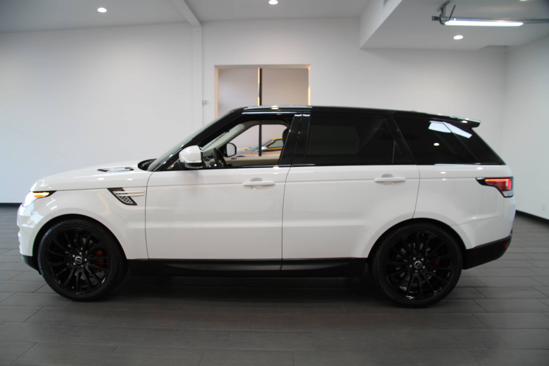 2015 land rover range rover sport hse stock 6103 for. Black Bedroom Furniture Sets. Home Design Ideas