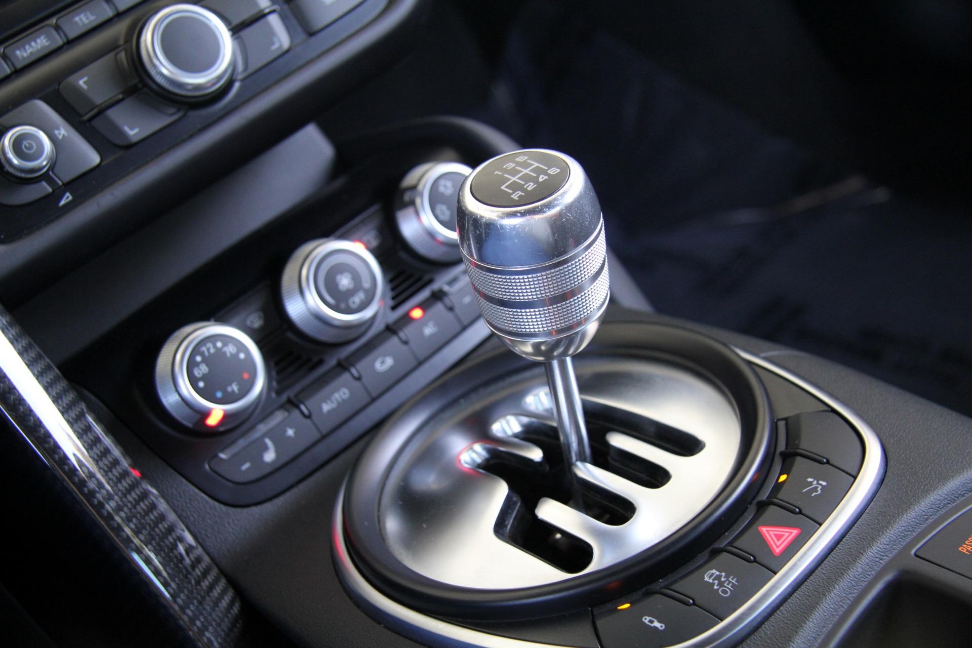 2012 audi r8 4 2 quattro rare manual transmission stock rh platinumautohaus com audi r8 manual linkage audi r8 manual v10