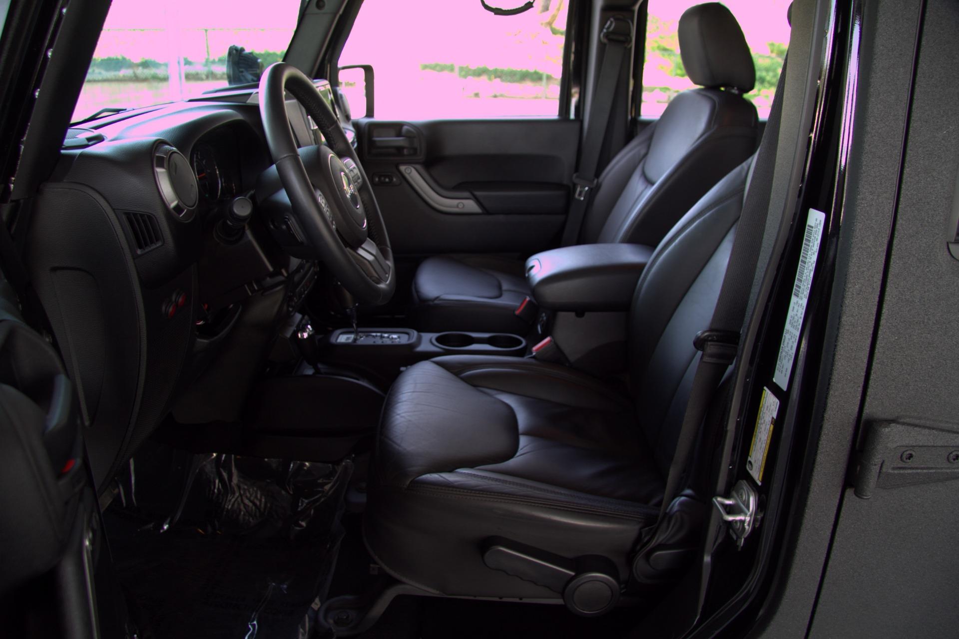 2015 Jeep Wrangler Unlimited Sport *** $70K+ OF
