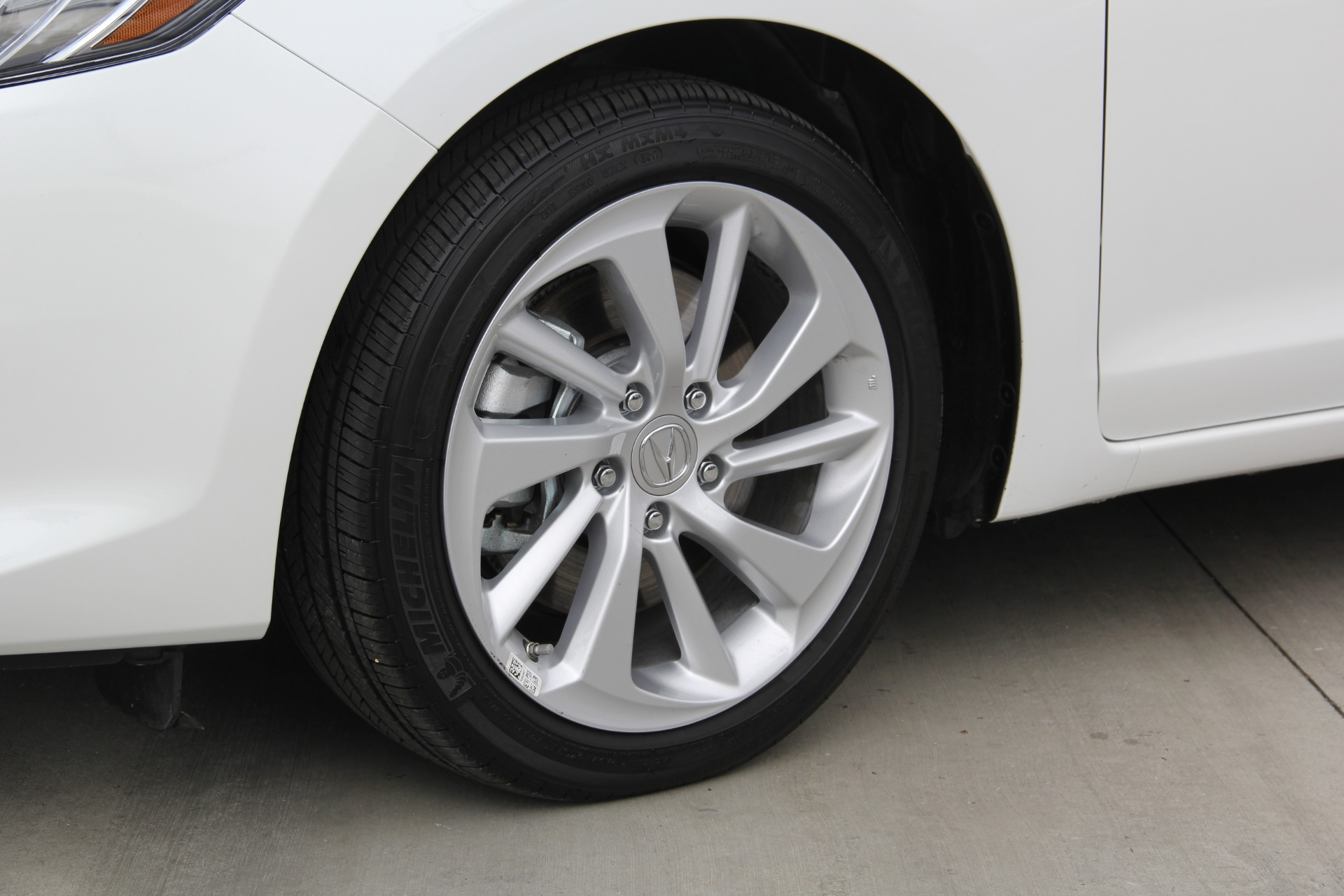 Used-2018-Acura-ILX-w/Premium