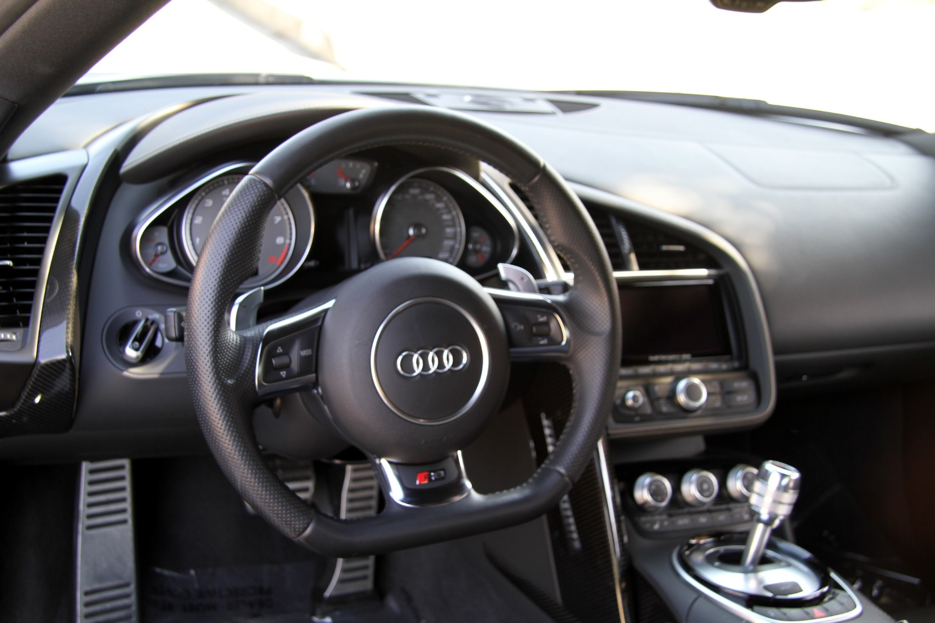 Used-2014-Audi-R8-42-quattro