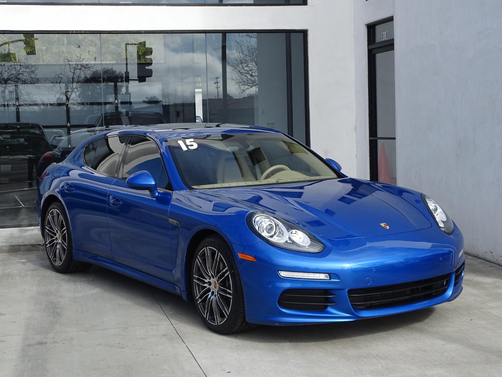 Used-2015-Porsche-Panamera