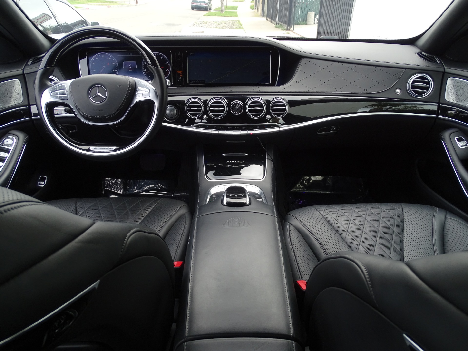 Used-2016-Mercedes-Benz-S-Class-Mercedes-Maybach-S600--***-EXECUTIVE-SEATING-***