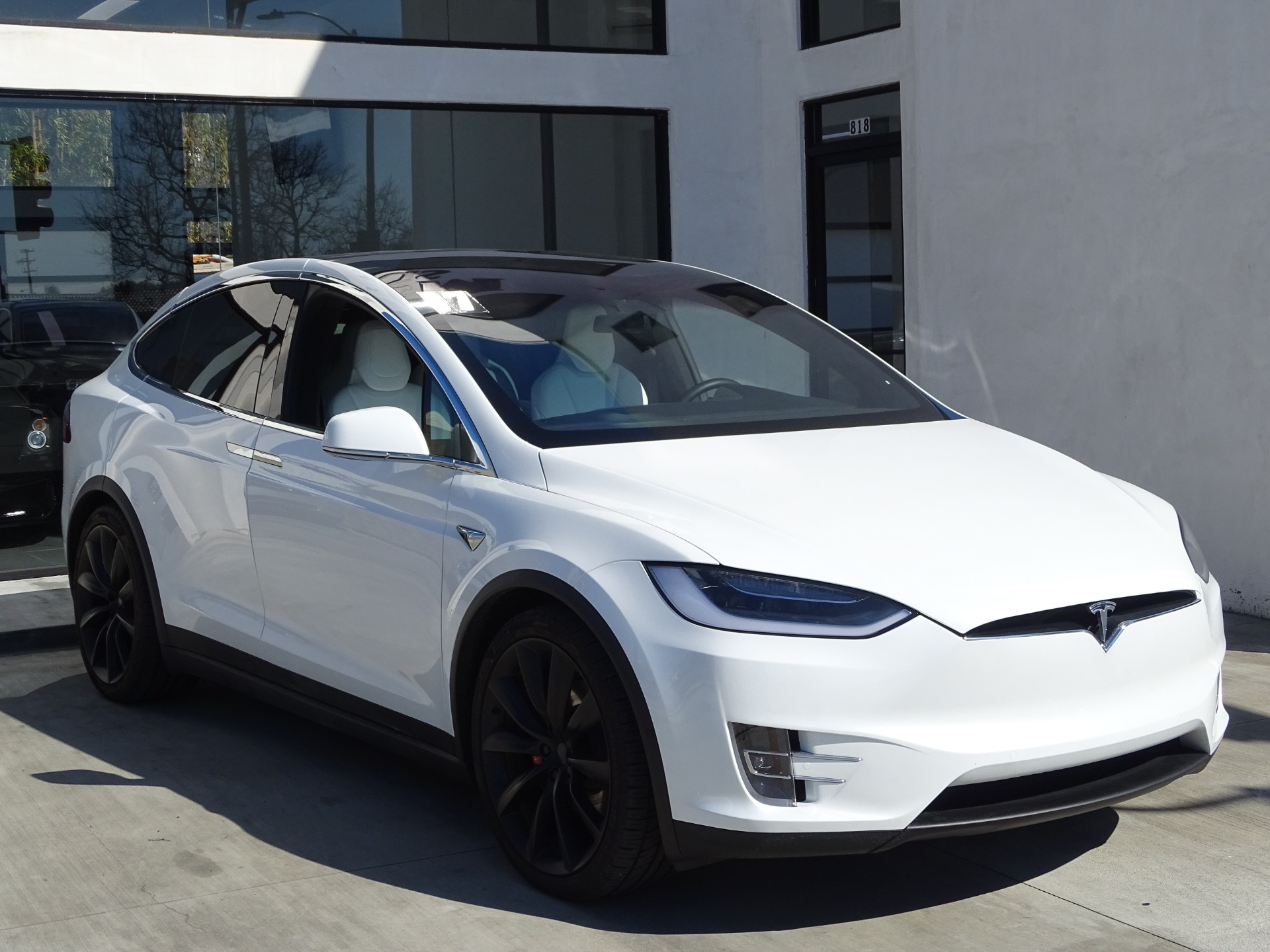 Used-2017-Tesla-Model-X-P100D--***-LOW-MILES-****