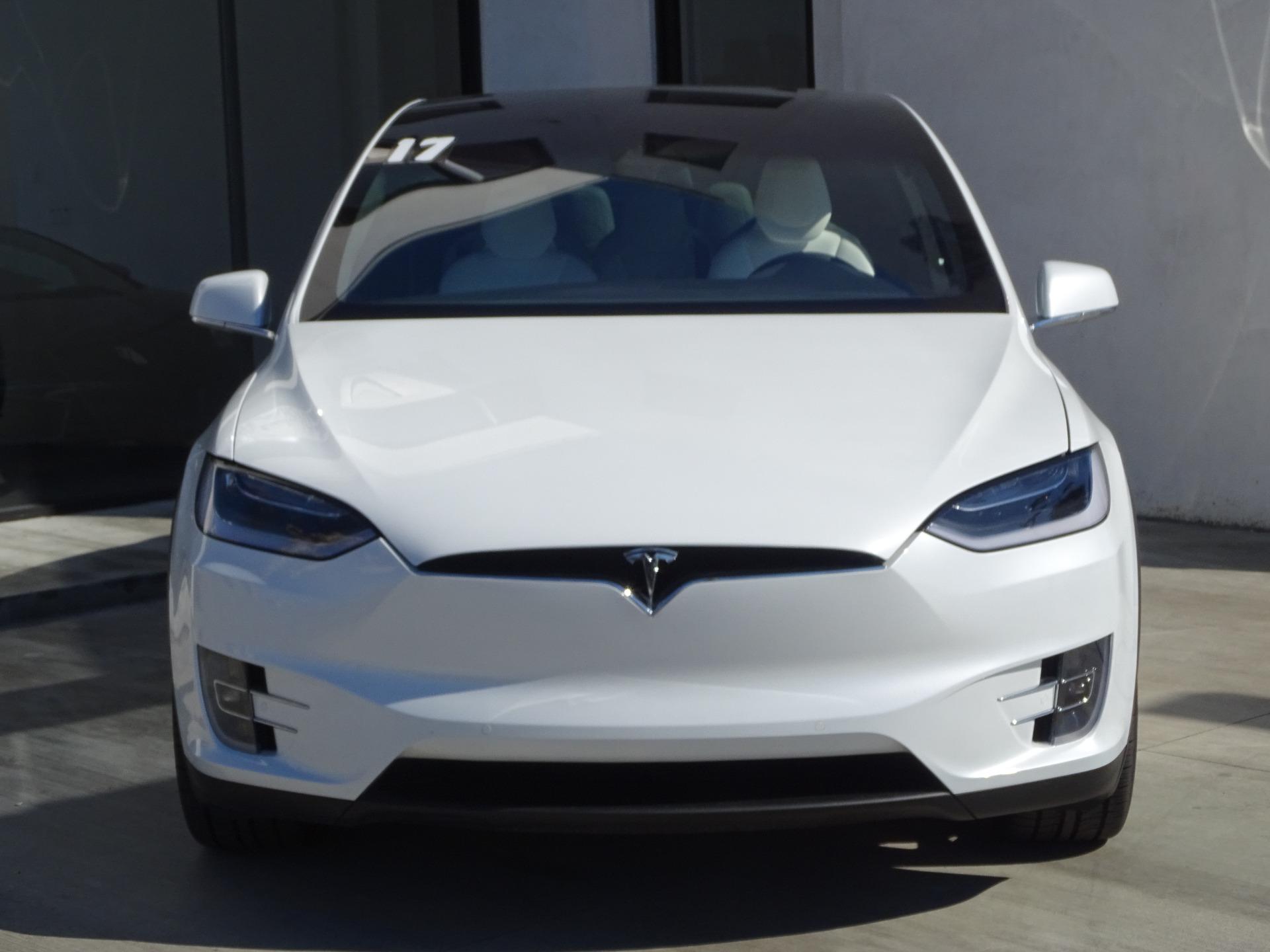 Used-2017-Tesla-Model-X-P100D