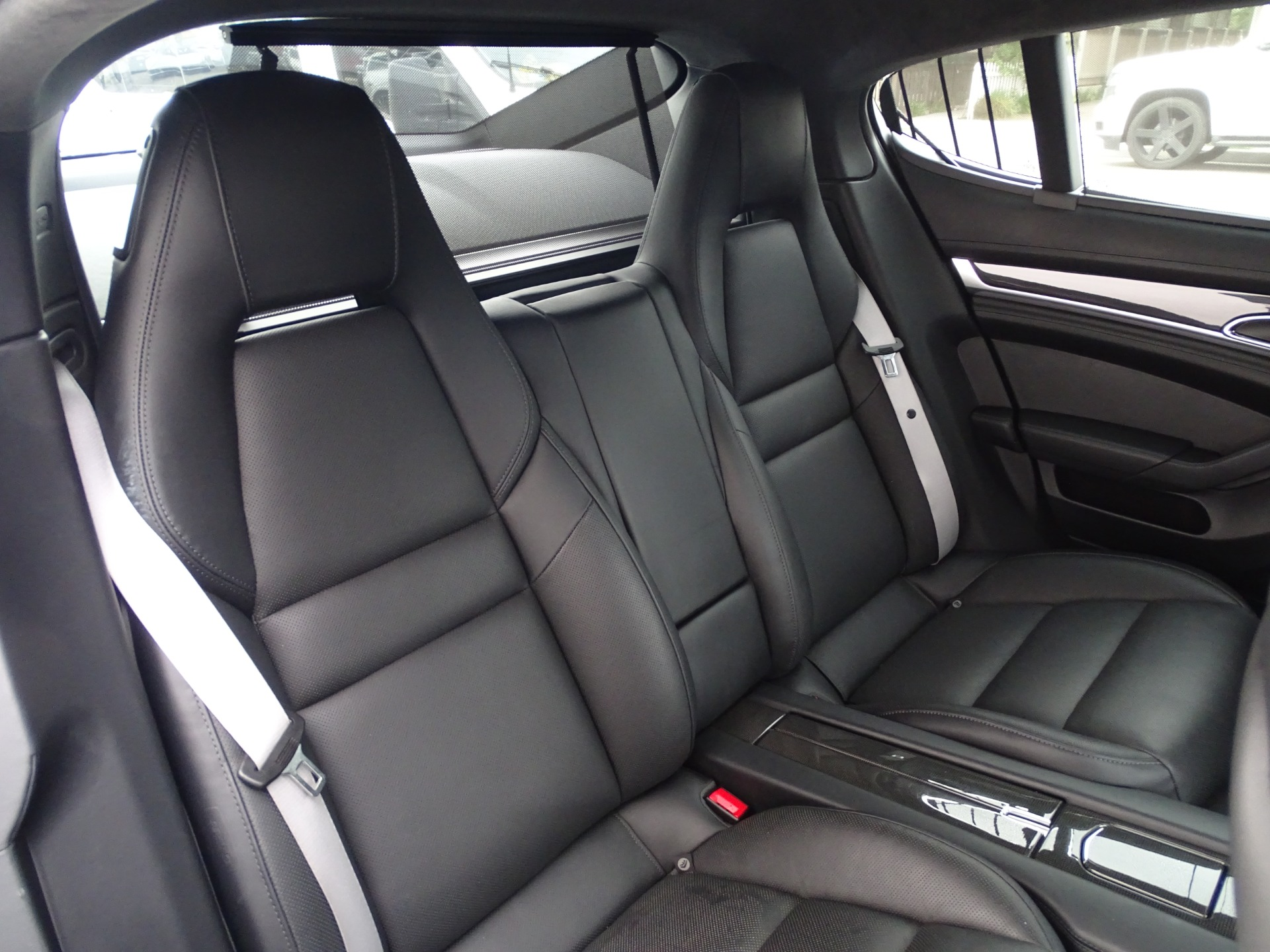 Used-2014-Porsche-Panamera-Turbo