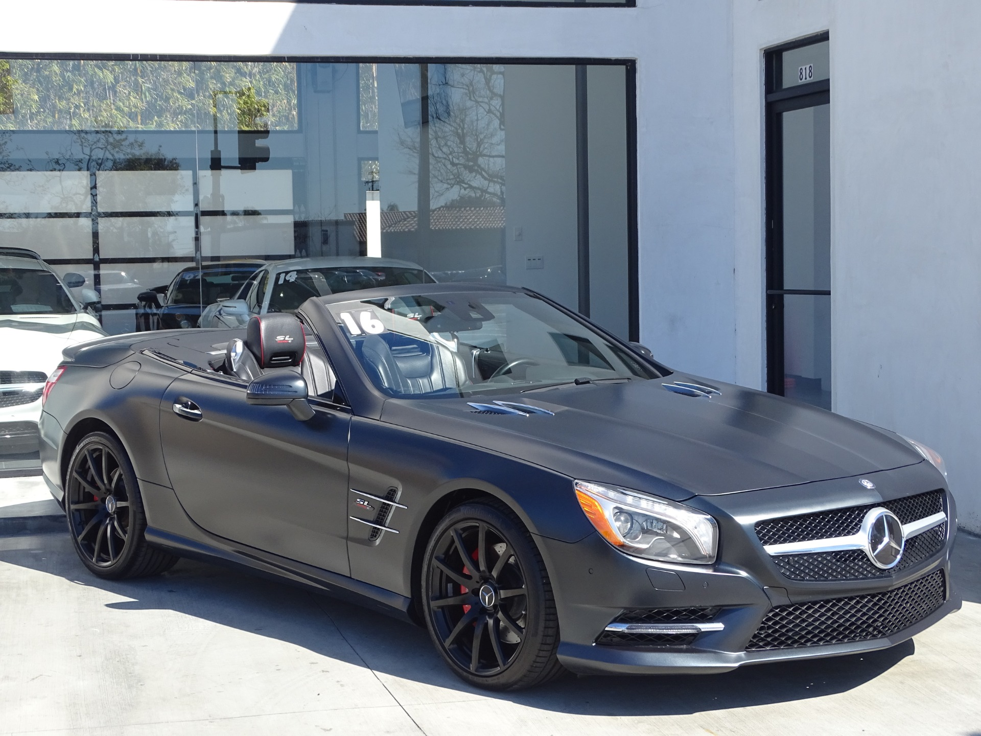 Used-2016-Mercedes-Benz-SL-Class-SL550