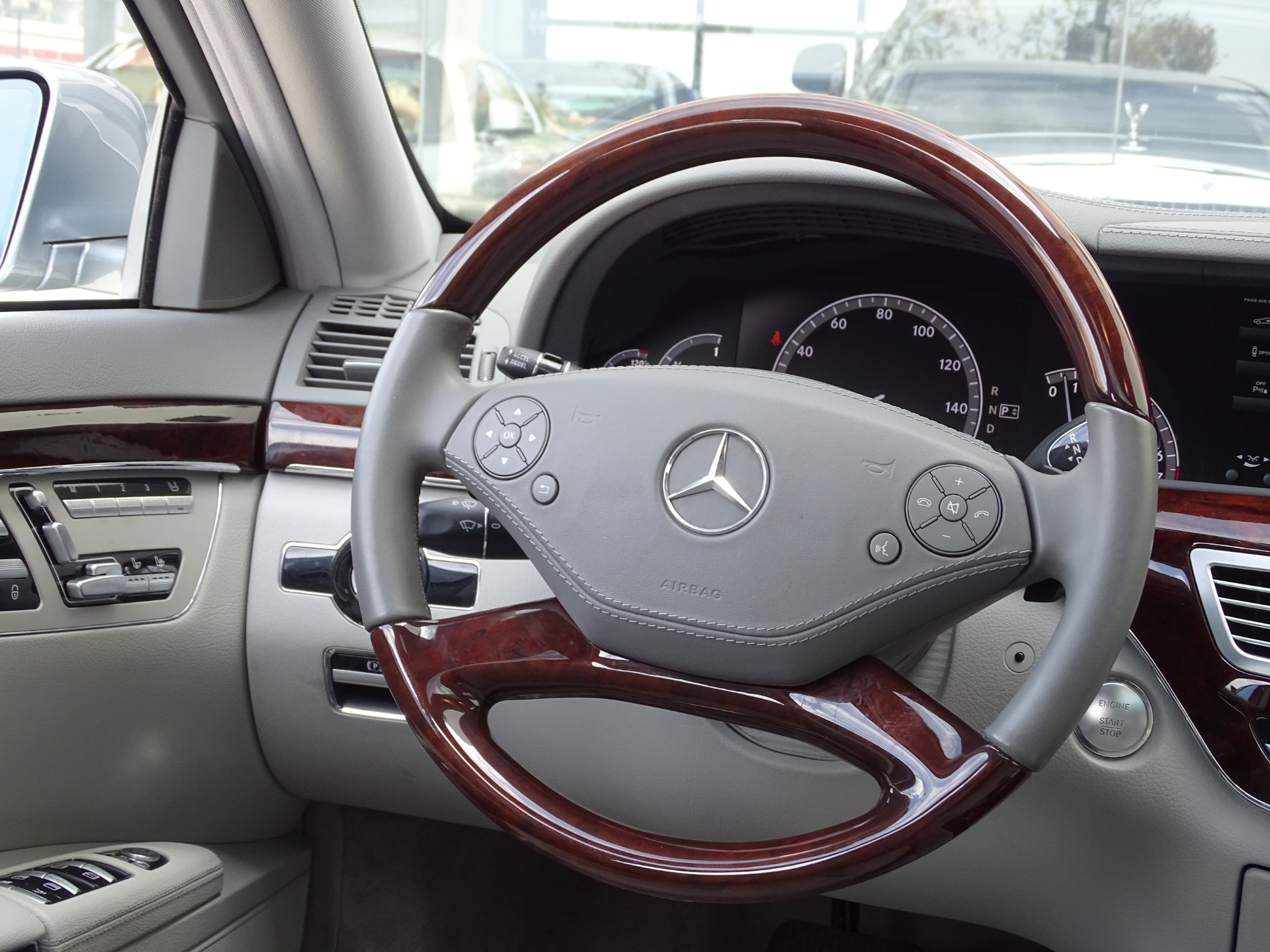 Used-2012-Mercedes-Benz-S-Class-S550