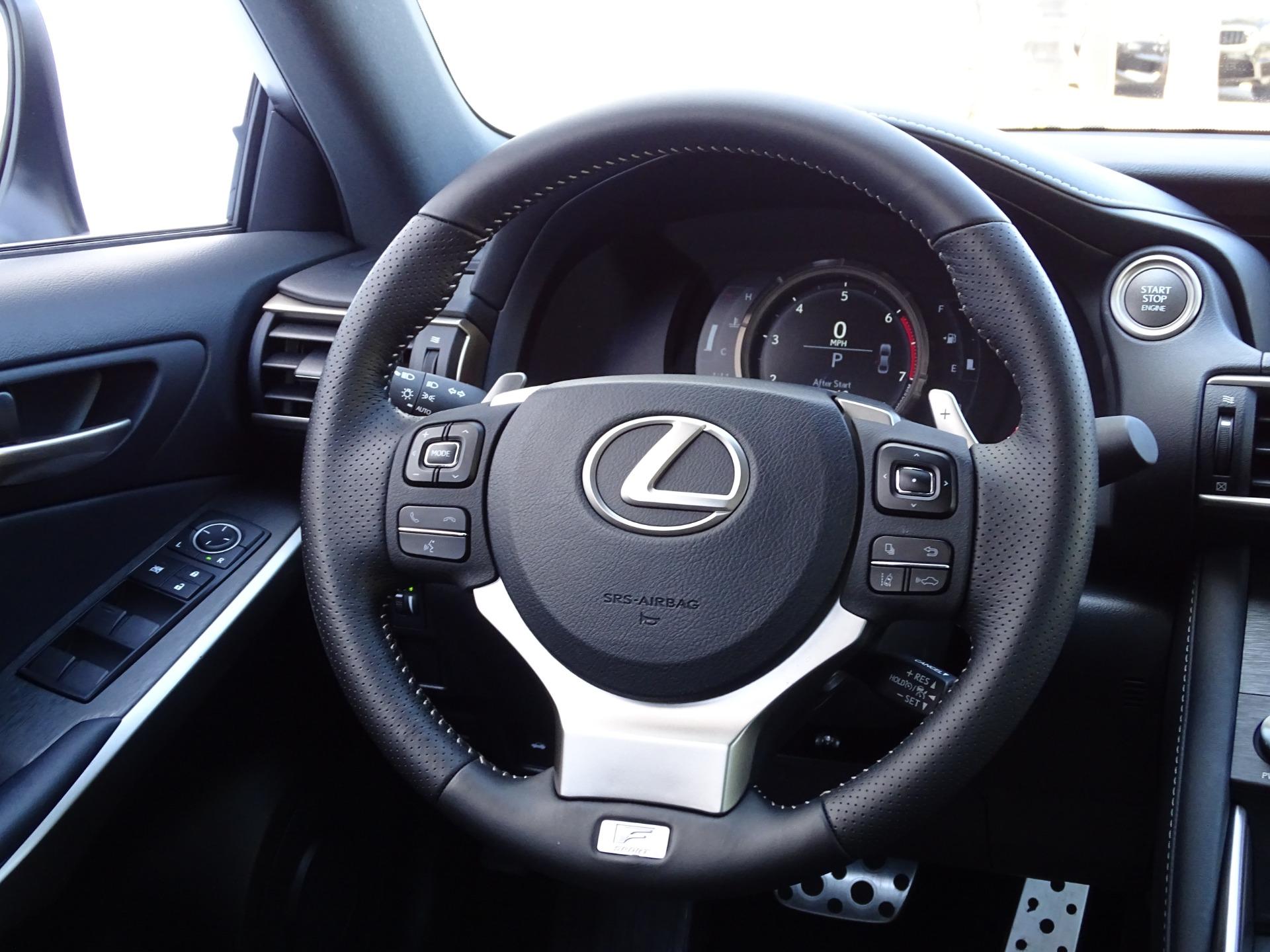 Used-2019-Lexus-IS-300