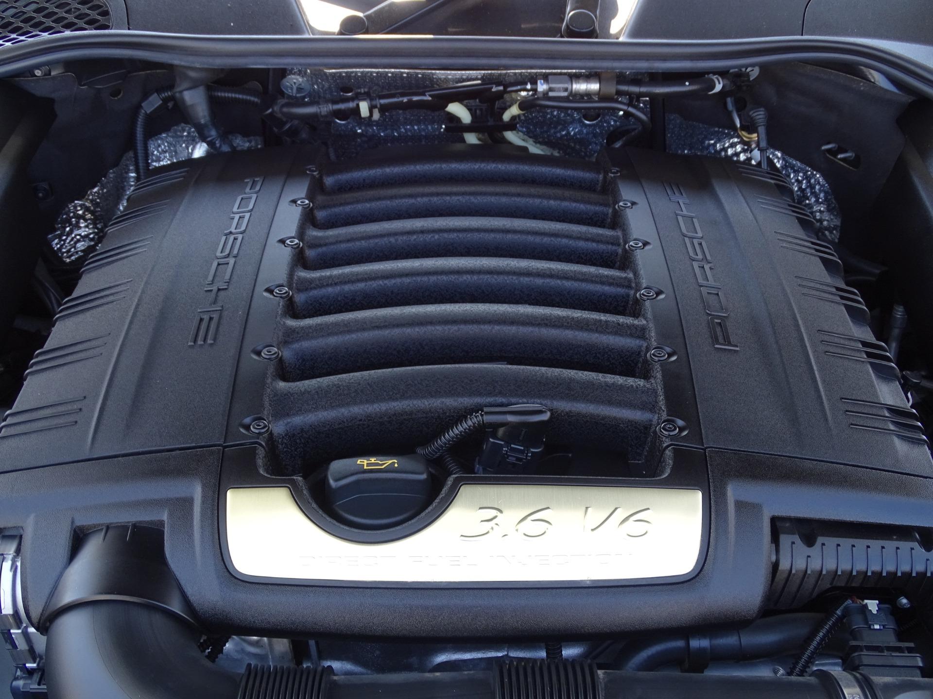 Used-2016-Porsche-Cayenne