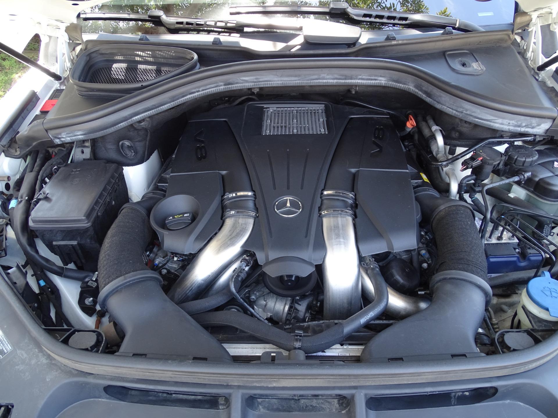 Used-2014-Mercedes-Benz-GL-Class-GL-550-4MATIC