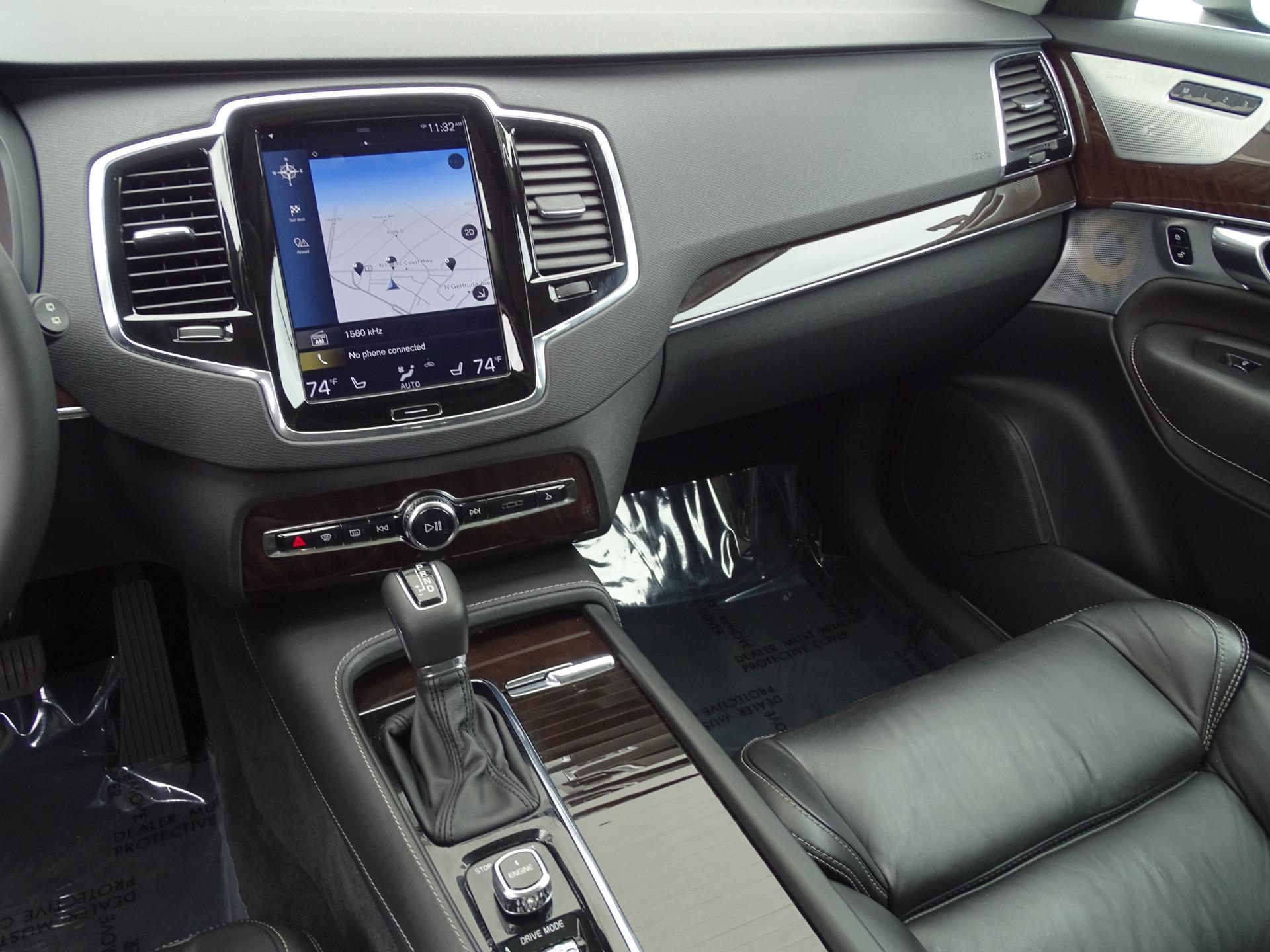 Used-2017-Volvo-XC90-T6-Momentum