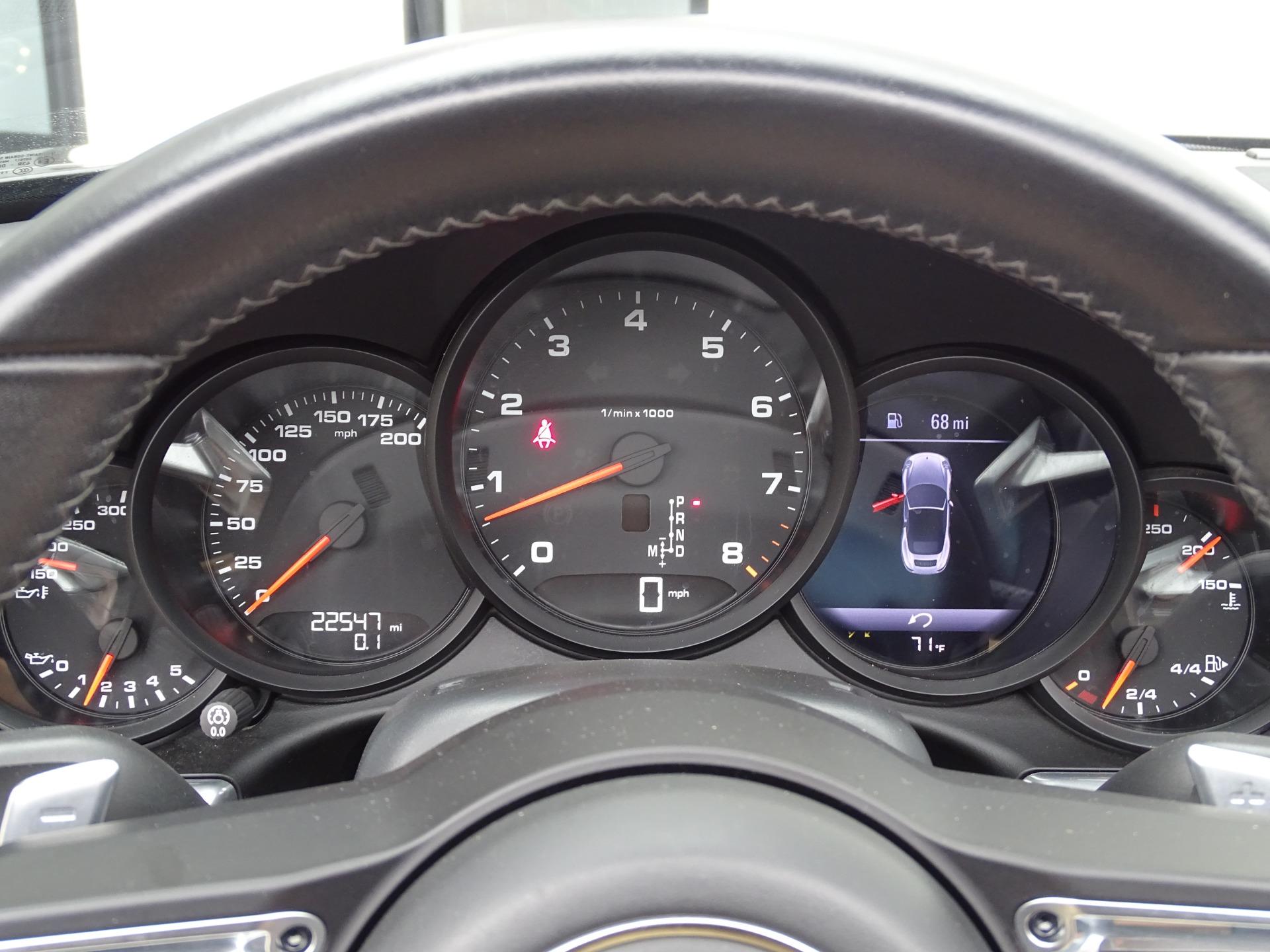 Used-2017-Porsche-911-Targa-4S