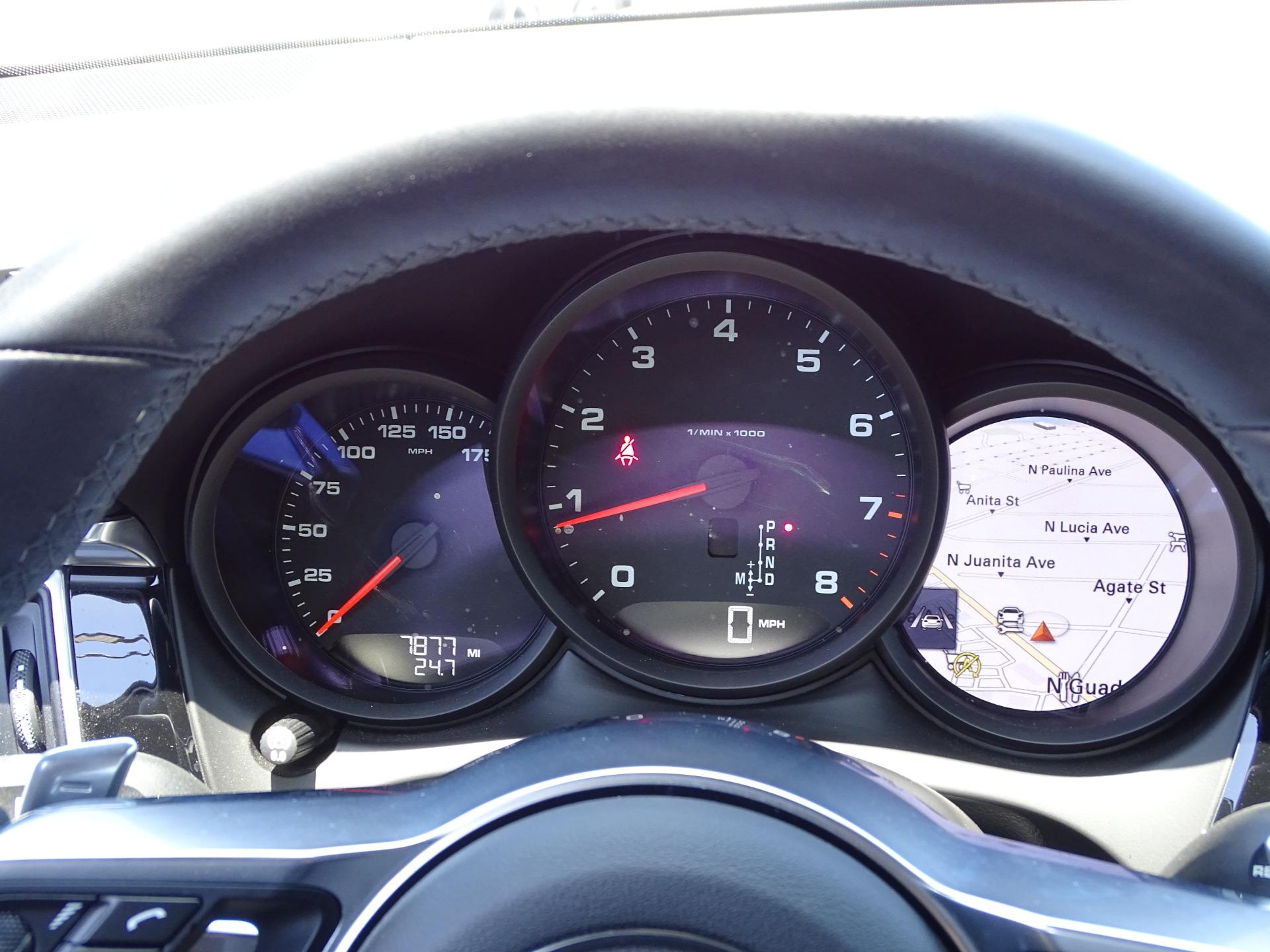 Used-2018-Porsche-Macan-Sport-Edition