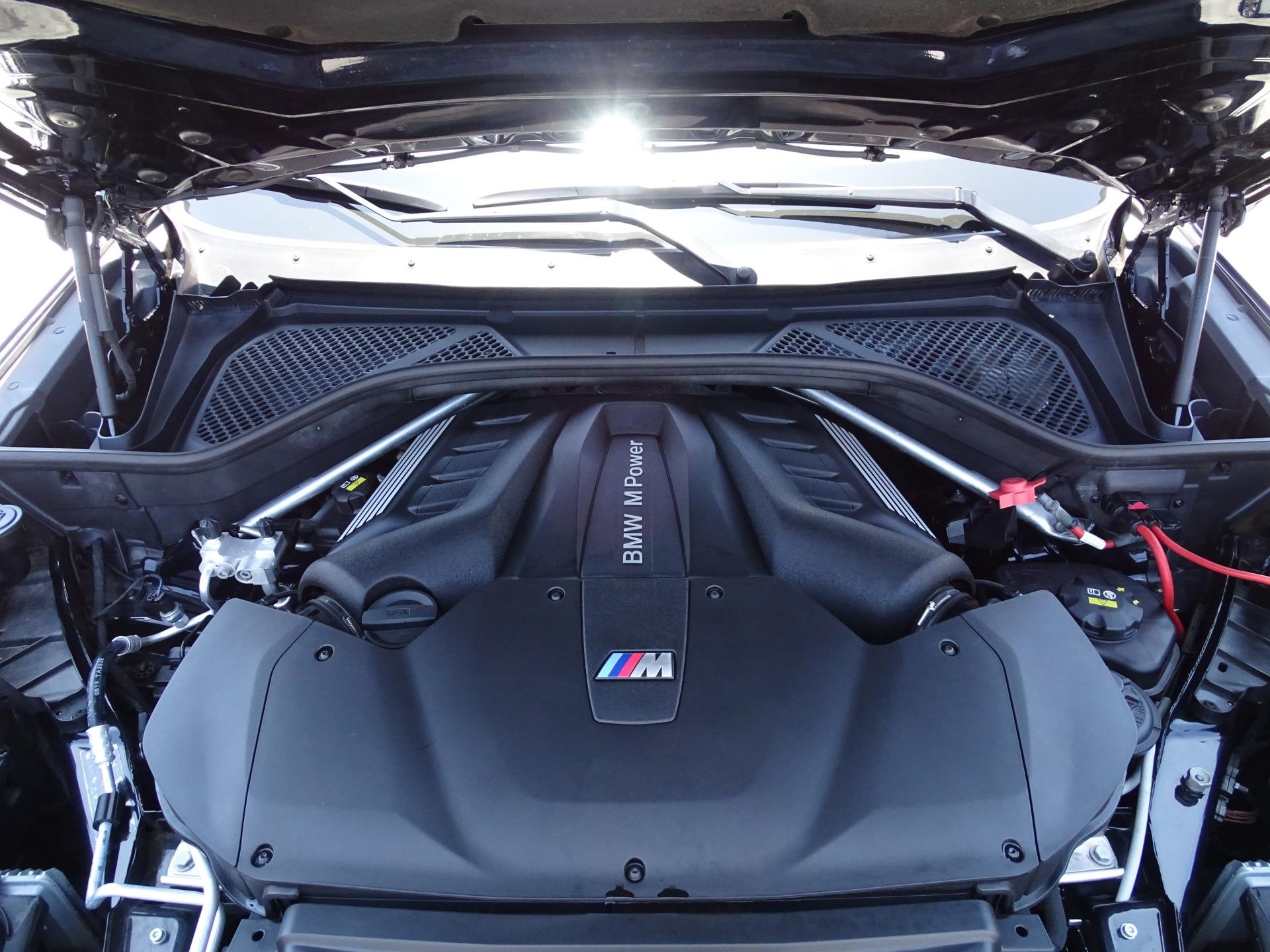 Used-2015-BMW-X6-M