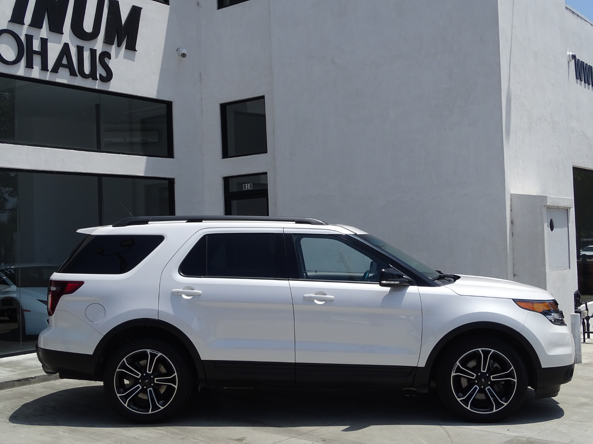 Used-2015-Ford-Explorer-Sport