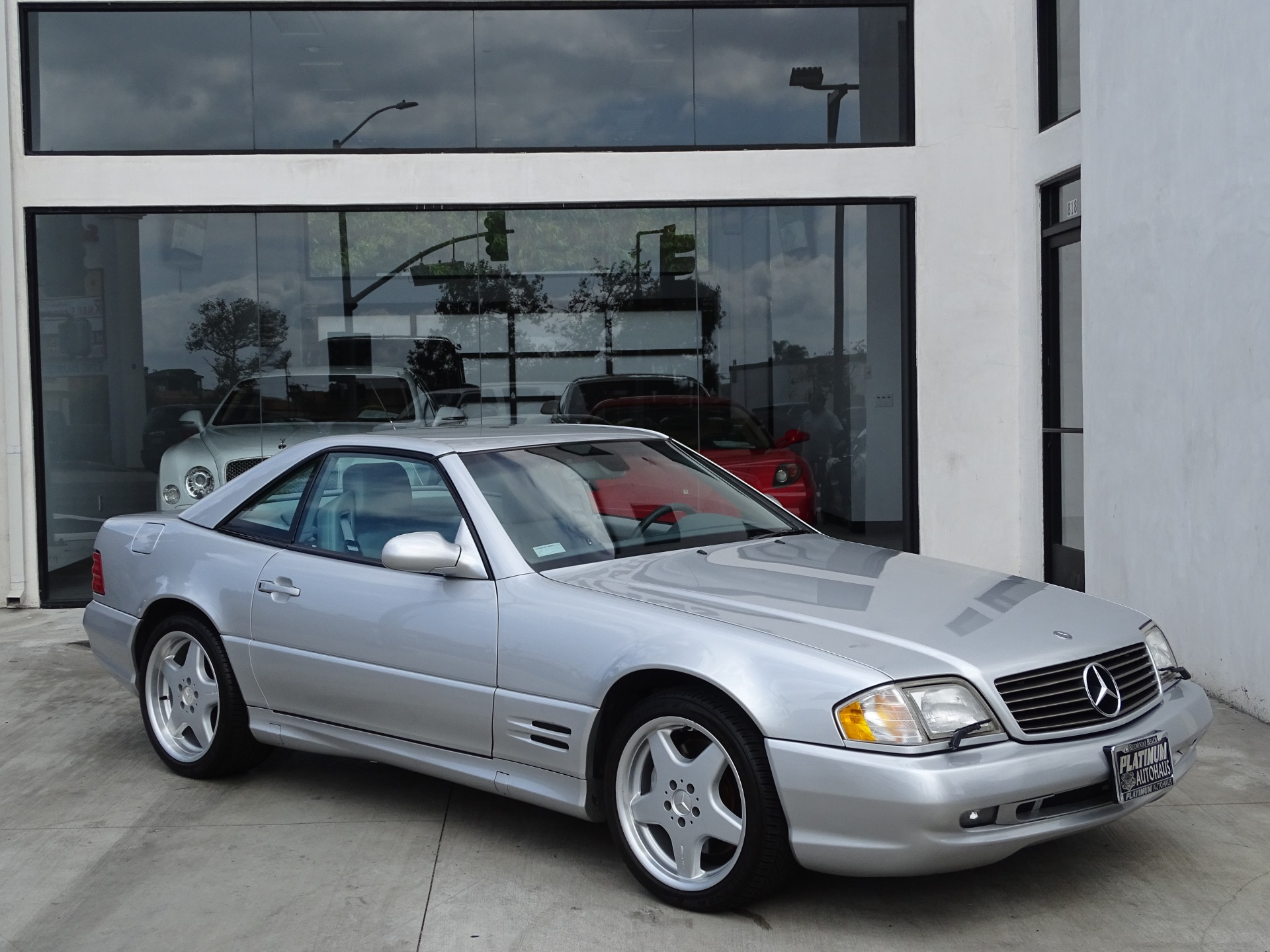 Used-2001-Mercedes-Benz-SL-Class-SL-500