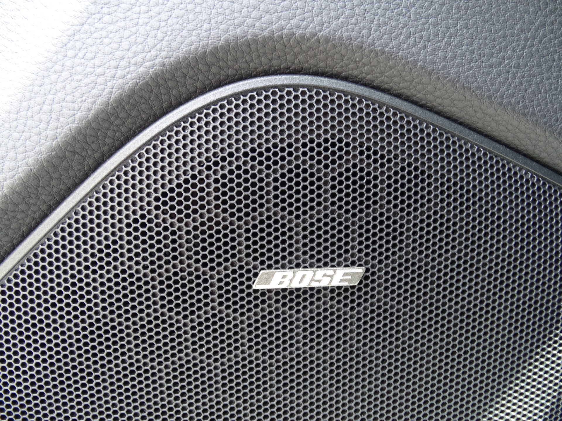 Used-2016-Porsche-Panamera-Edition