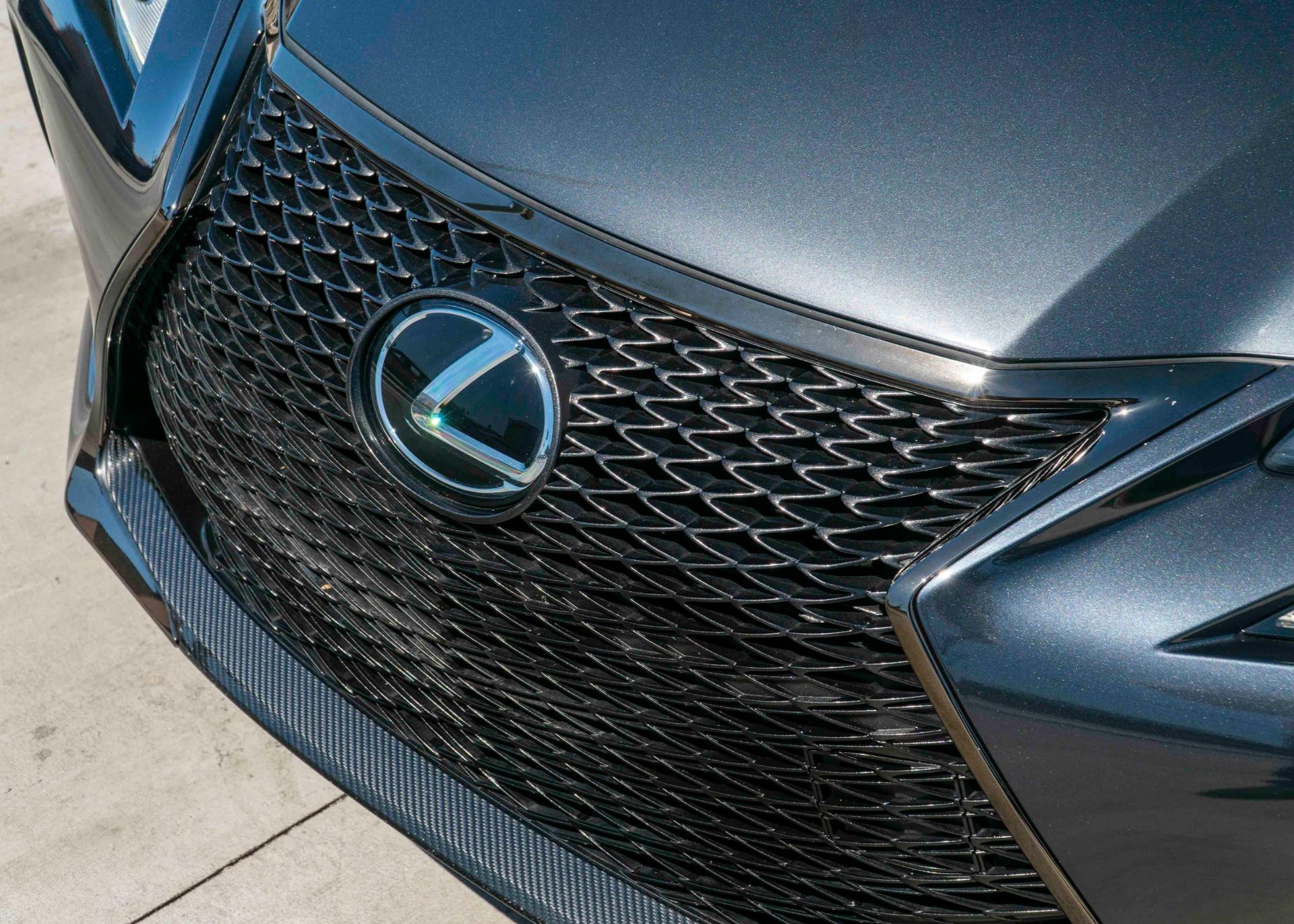 Used-2017-Lexus-GS-F