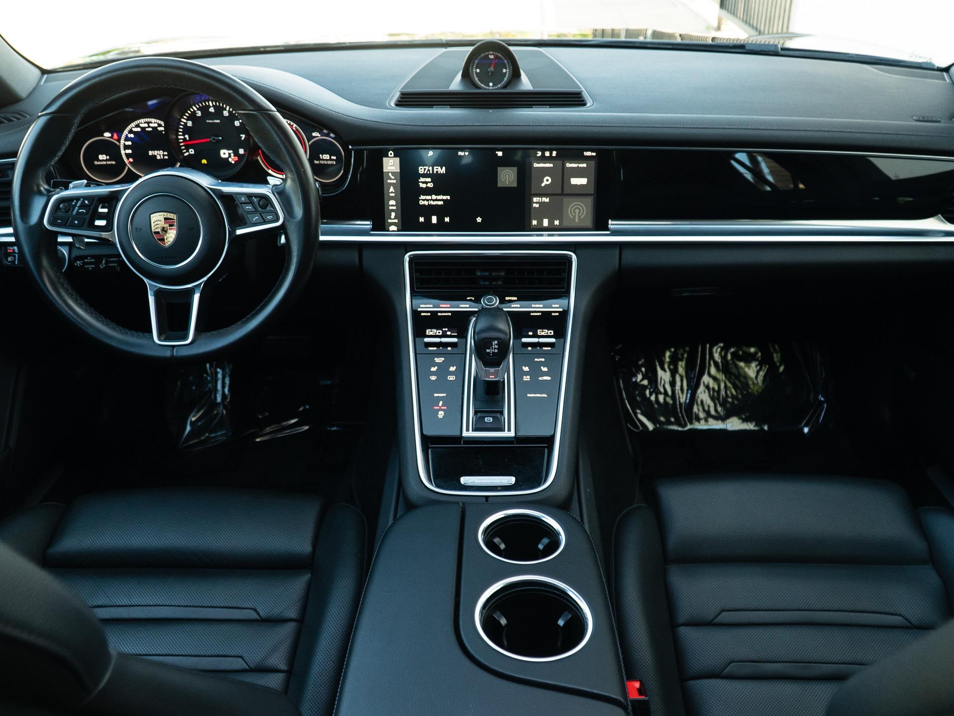 Used-2017-Porsche-Panamera