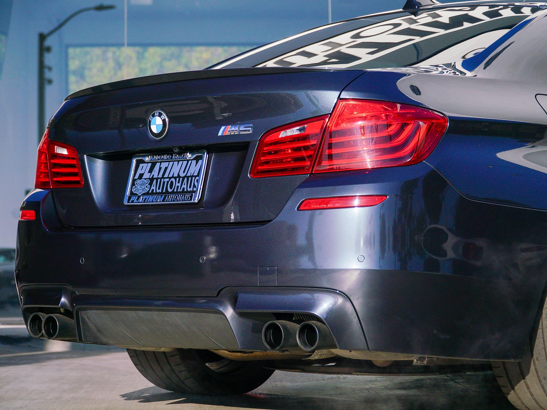 Used-2014-BMW-M5