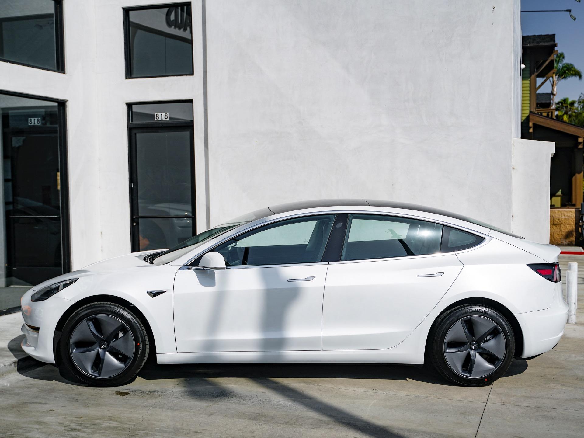Used-2020-Tesla-Model-3-Standard-Range-Plus
