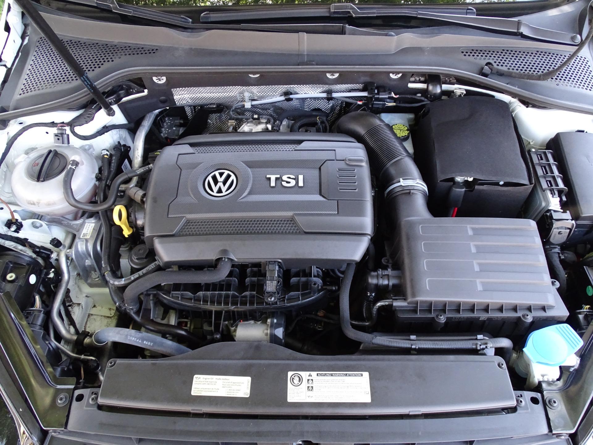 Used-2016-Volkswagen-Golf-18T-S-PZEV
