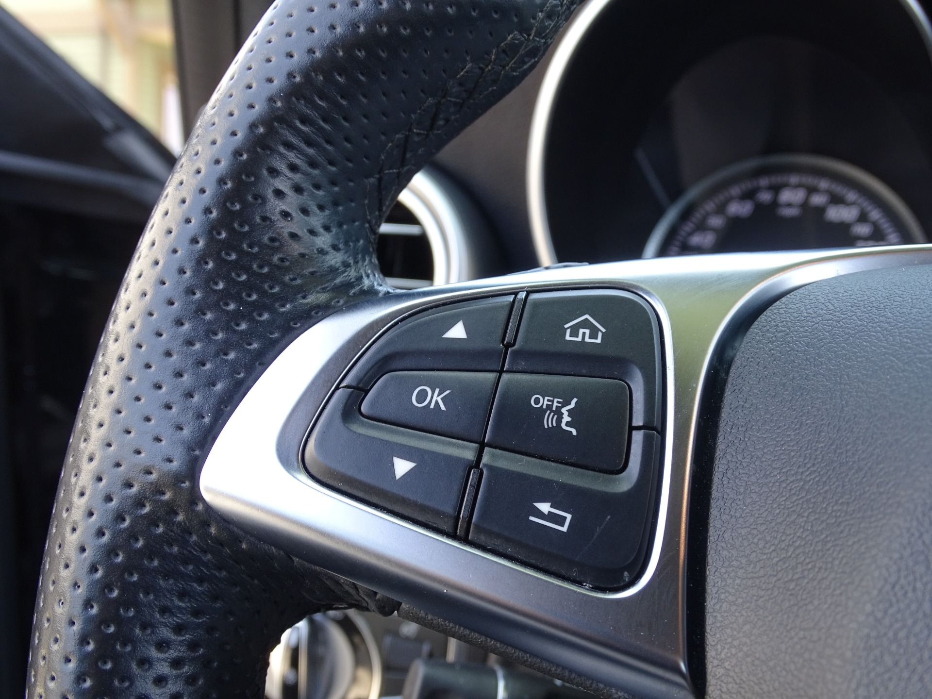 Used-2016-Mercedes-Benz-C-Class-C-300-Sport