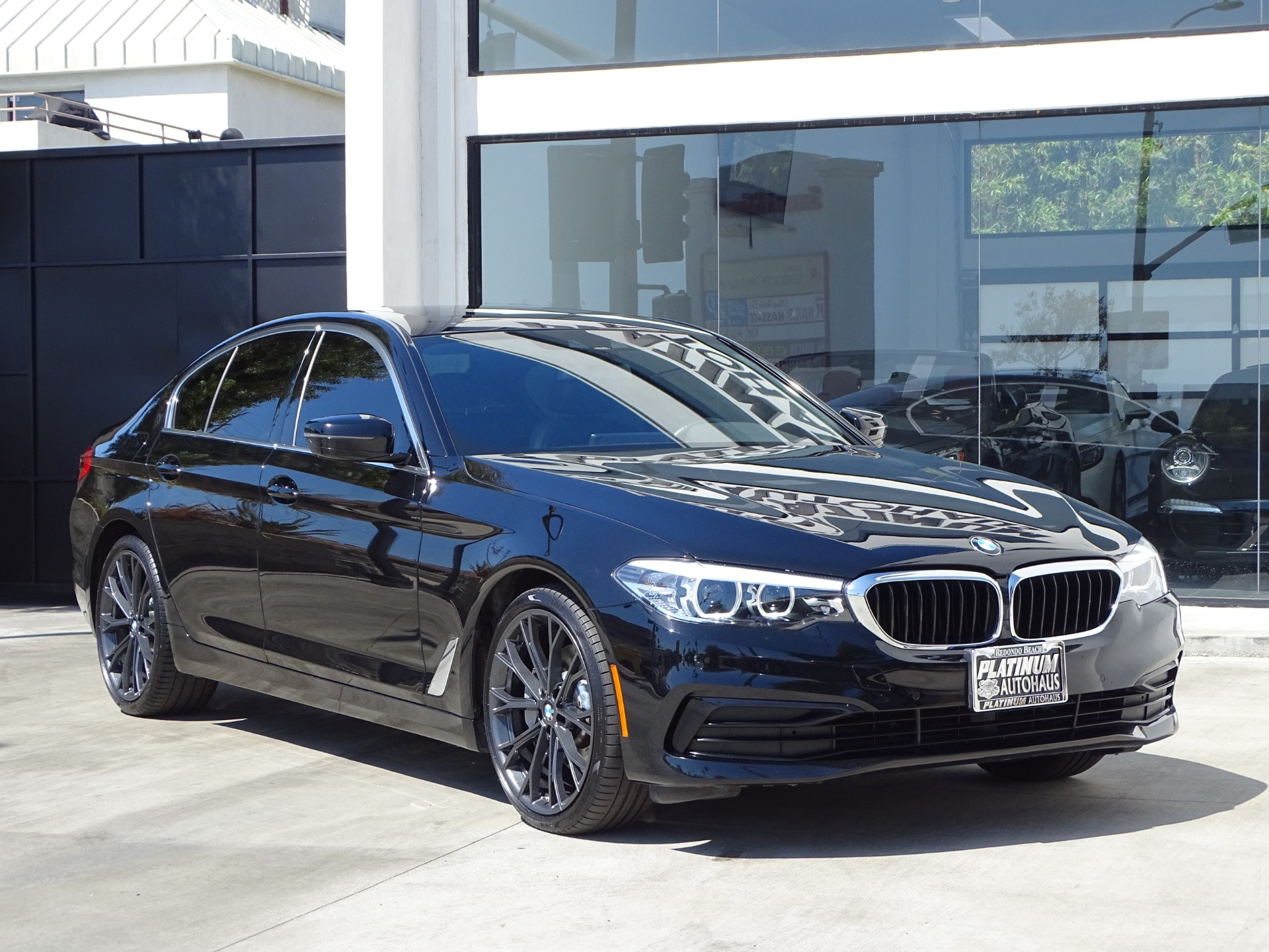 Used-2019-BMW-5-Series-530i