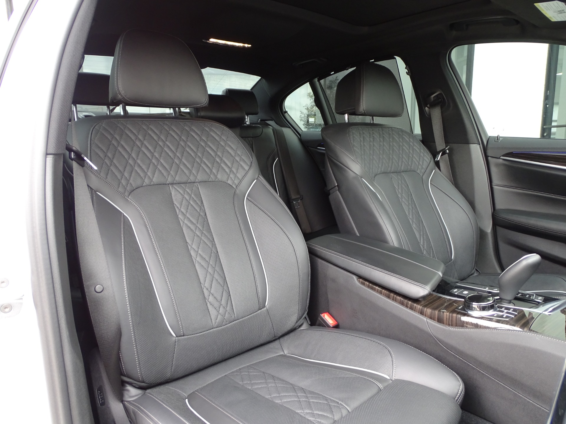 Used-2018-BMW-5-Series-M550i-xDrive