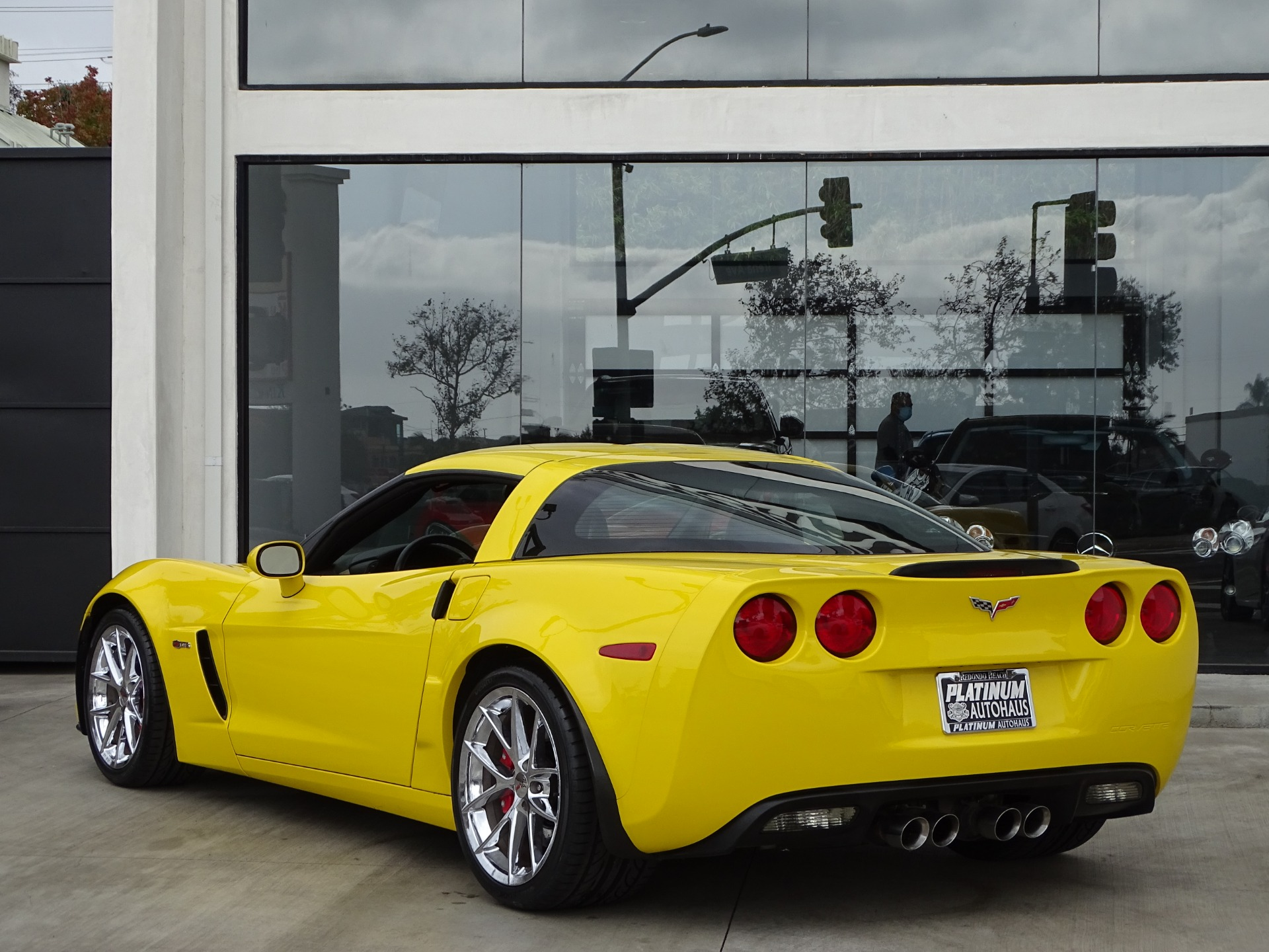 Used-2011-Chevrolet-Corvette-Z06
