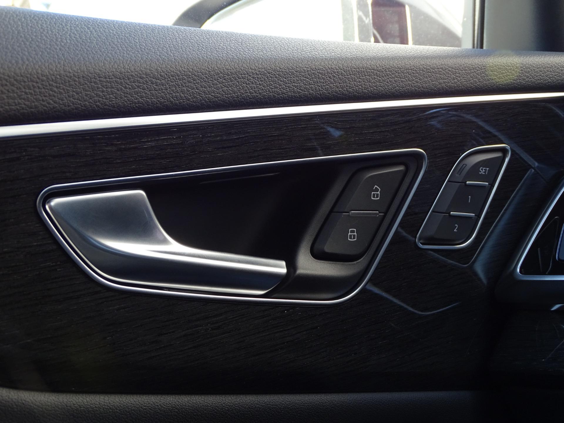 Used-2020-Audi-Q8-30T-quattro-Premium-Plus