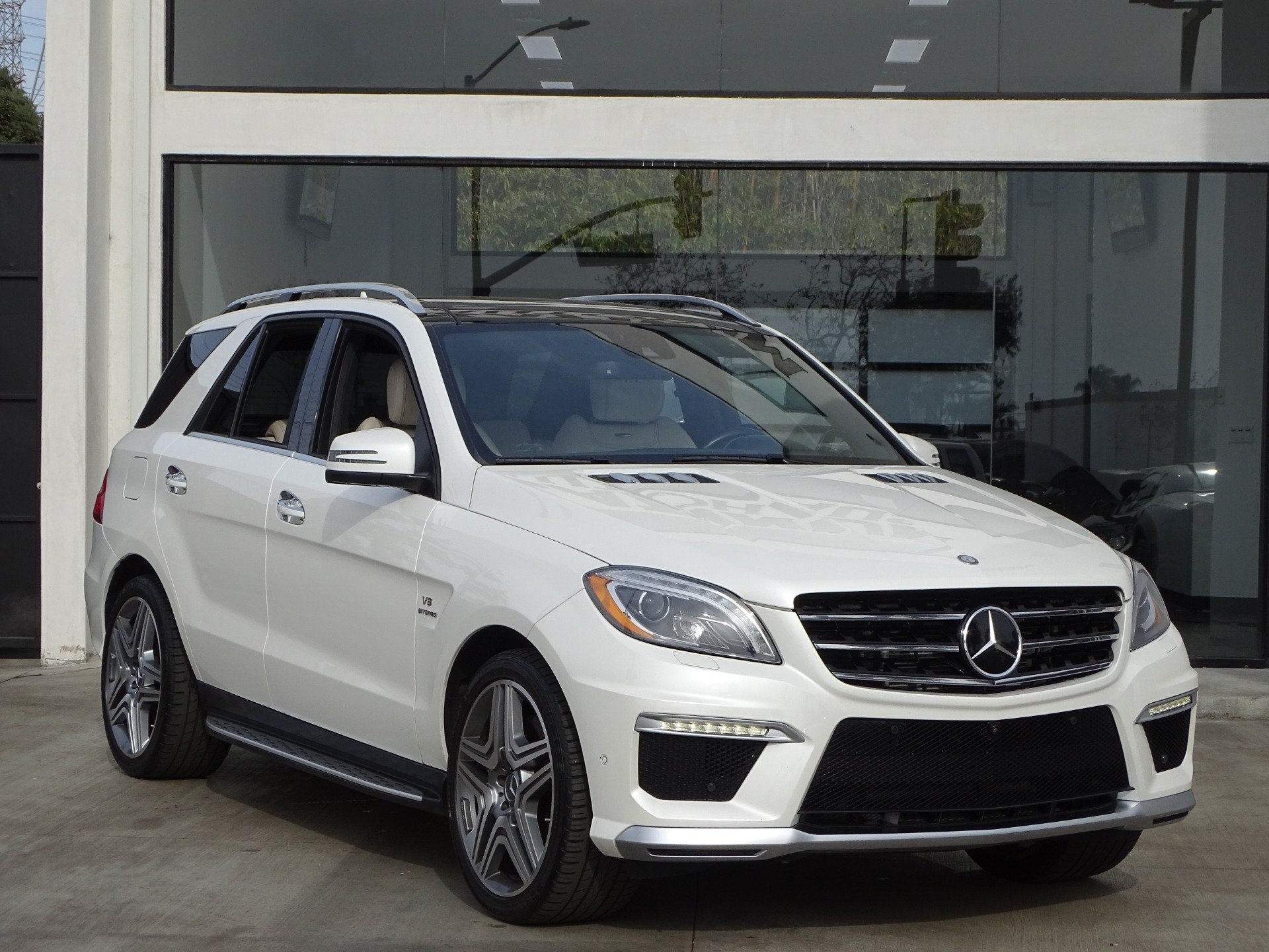 Used-2015-Mercedes-Benz-M-Class-ML-63-AMG
