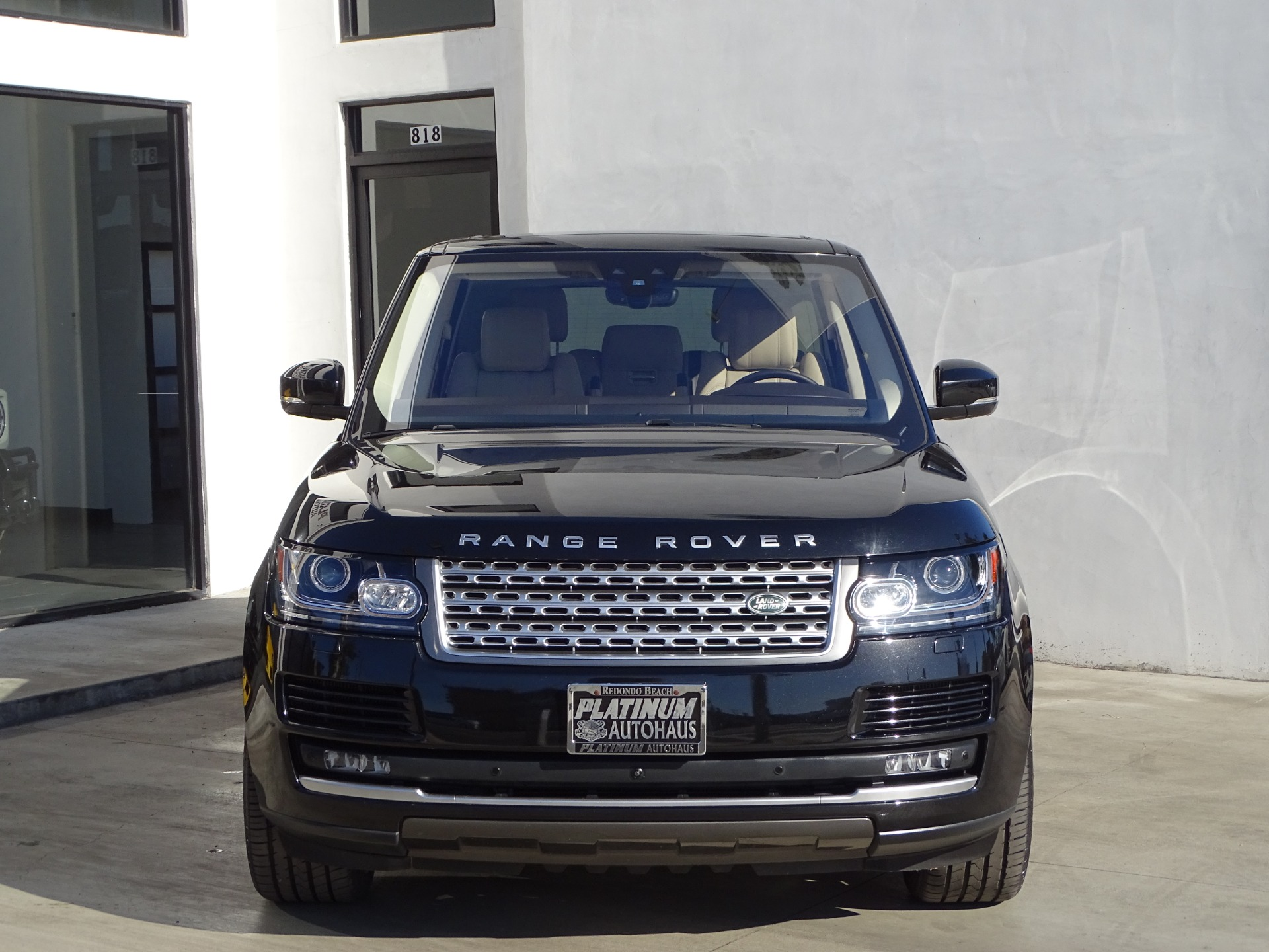Used-2017-Land-Rover-Range-Rover-HSE