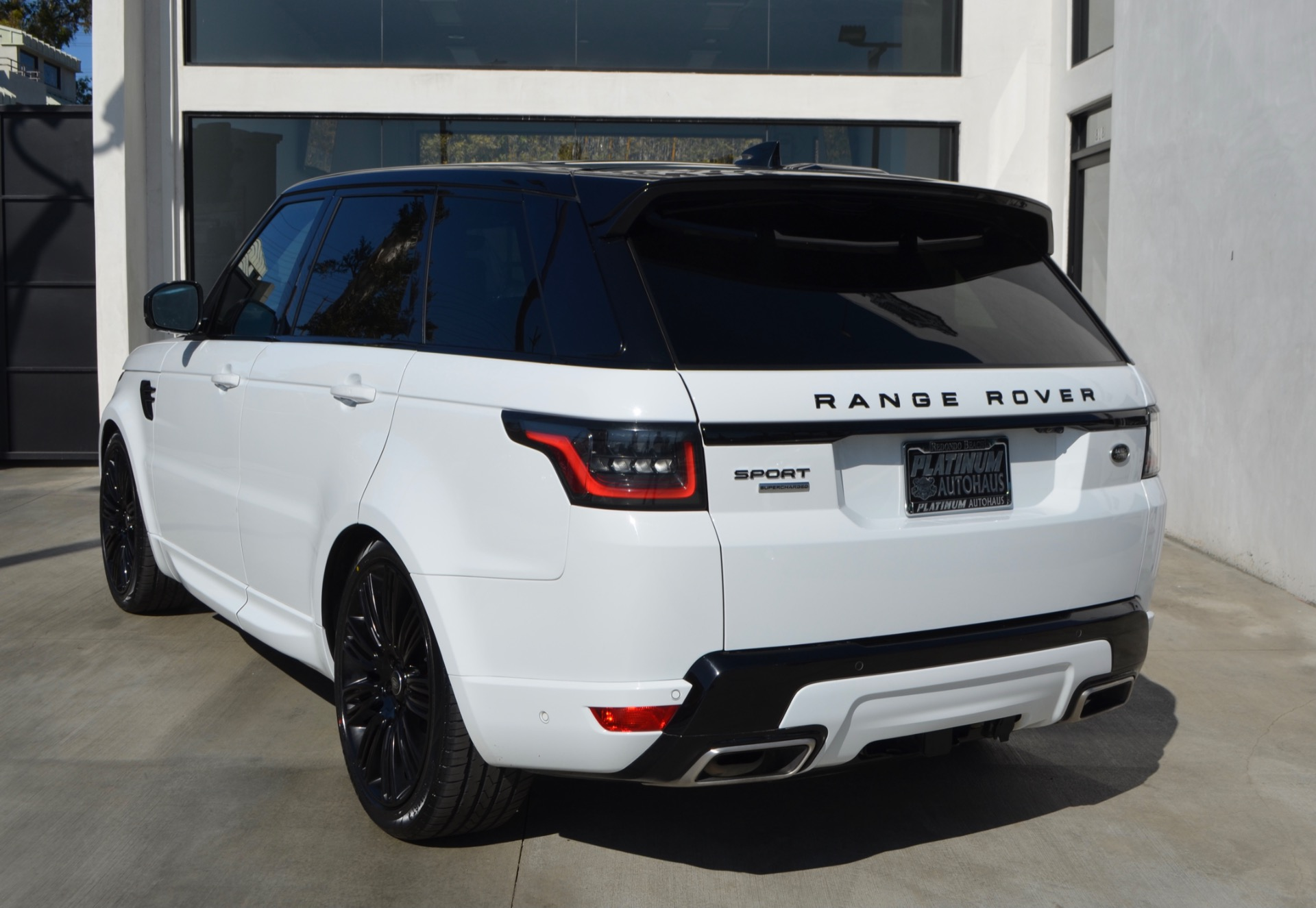 Used-2018-Land-Rover-Range-Rover-Sport-Supercharged-Dynamic