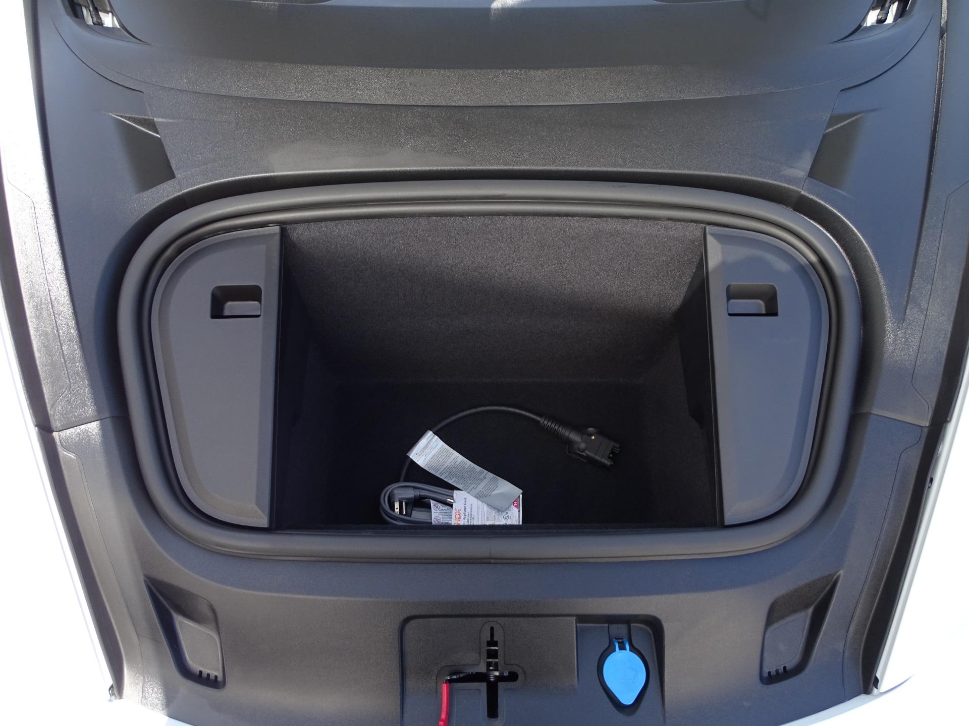Used-2020-Porsche-Taycan-Turbo