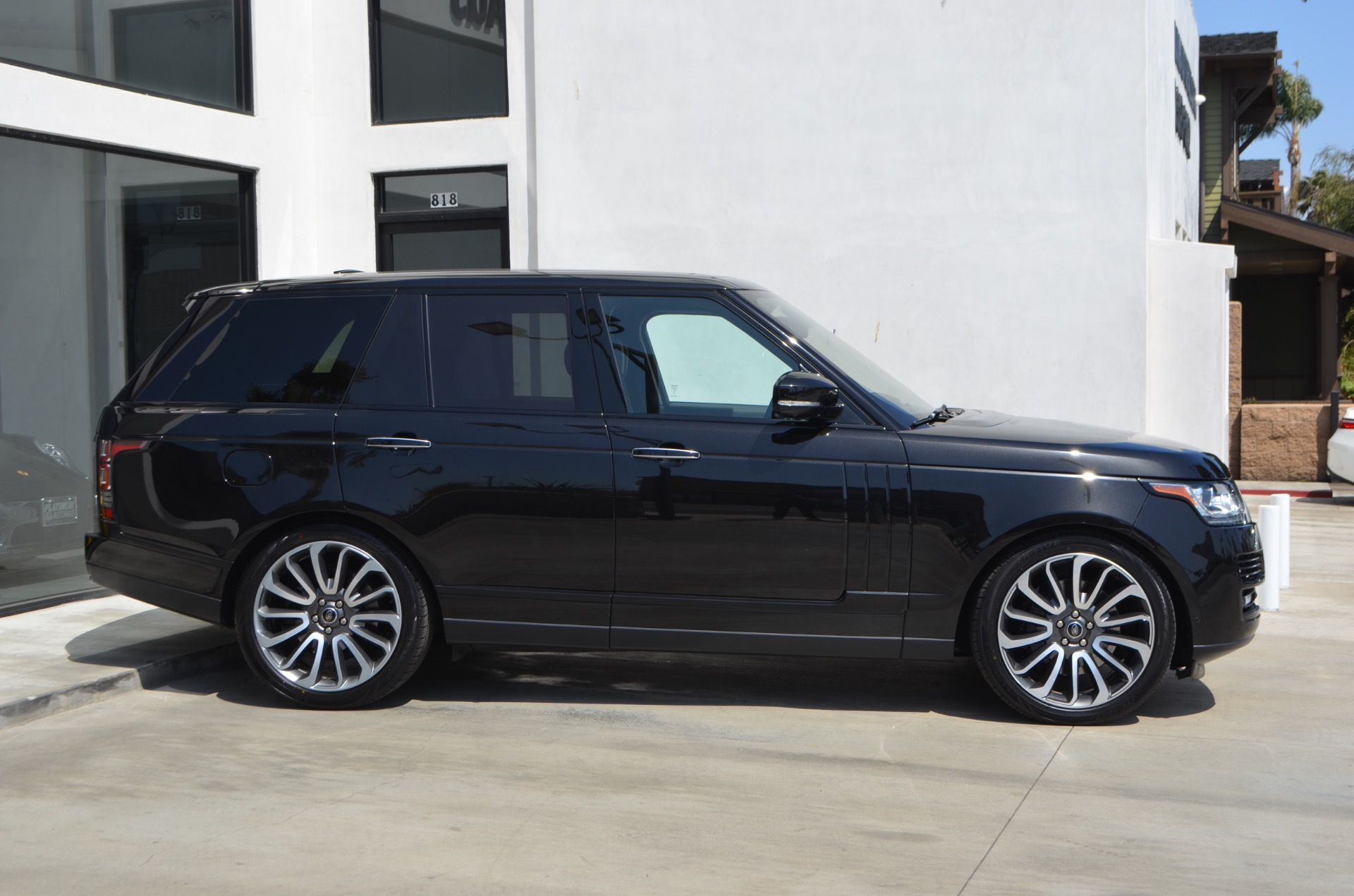 Used-2013-Land-Rover-Range-Rover-Autobiography