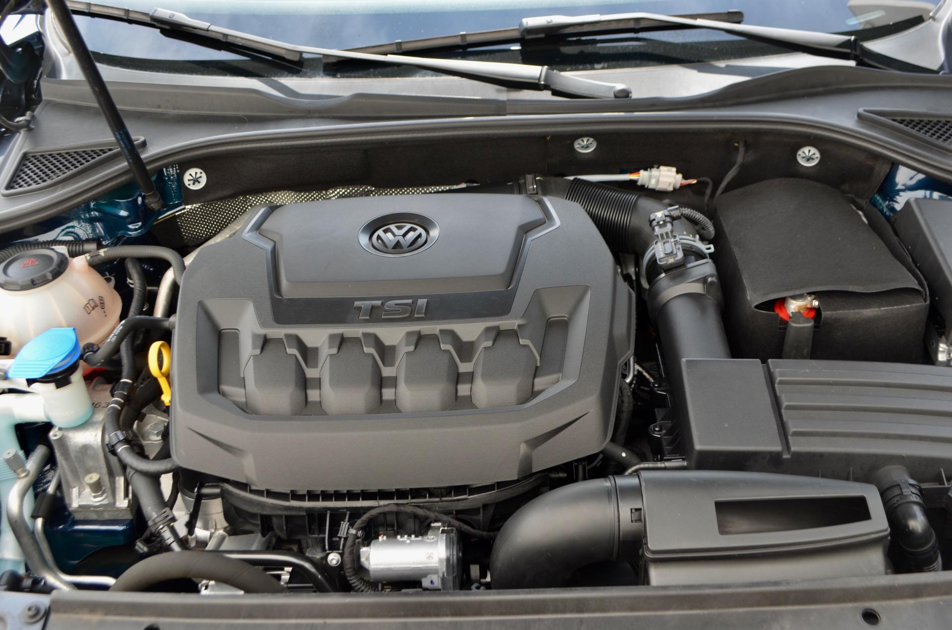 Used-2018-Volkswagen-Passat-20T-R-Line