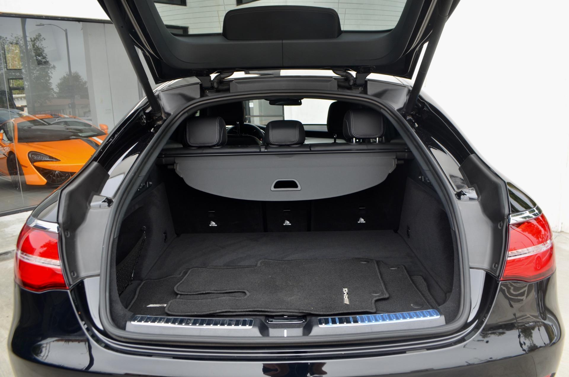Used-2019-Mercedes-Benz-GLC-GLC-300-4MATIC