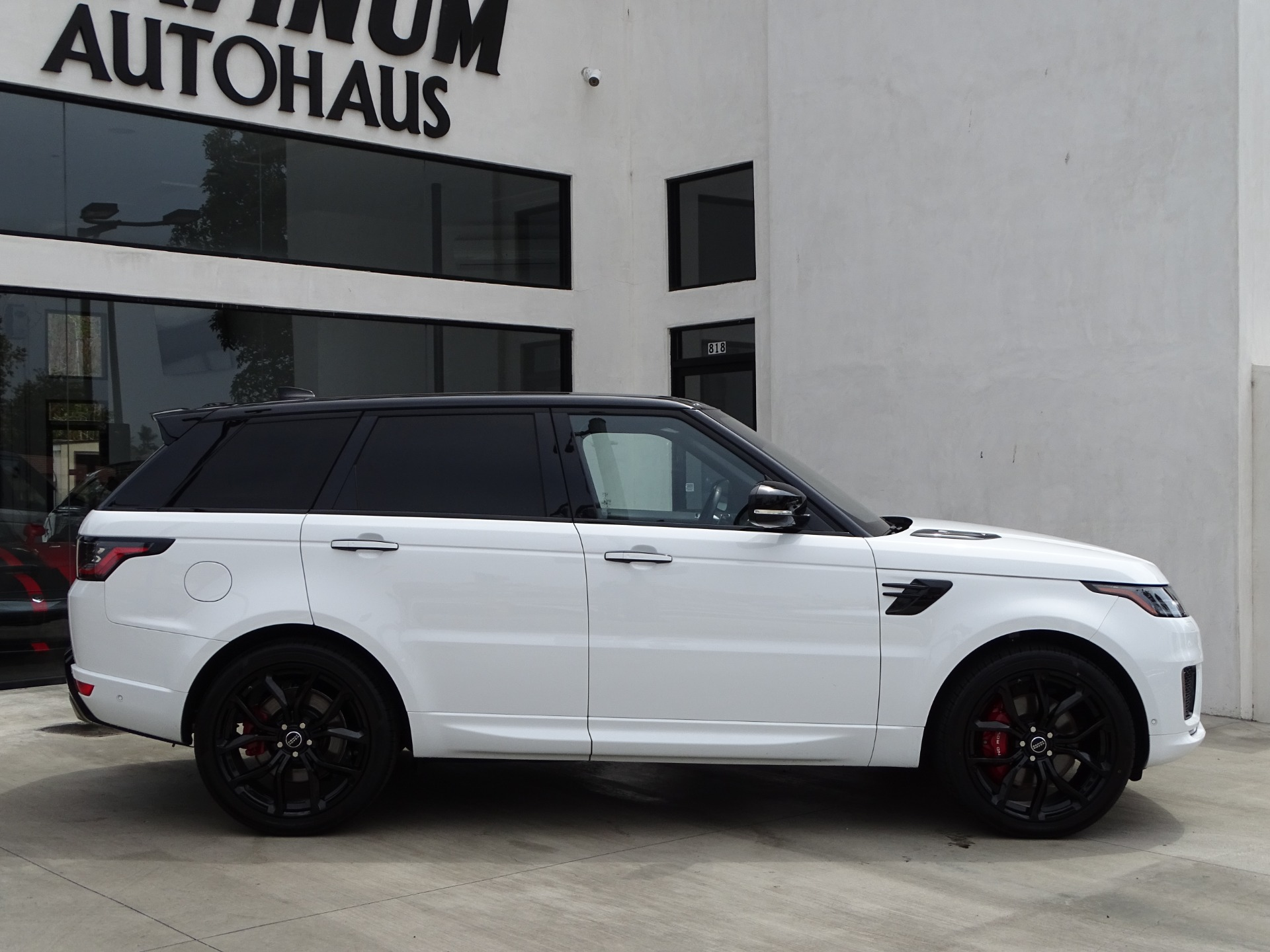 Used-2018-Land-Rover-Range-Rover-Sport-HSE-Dynamic