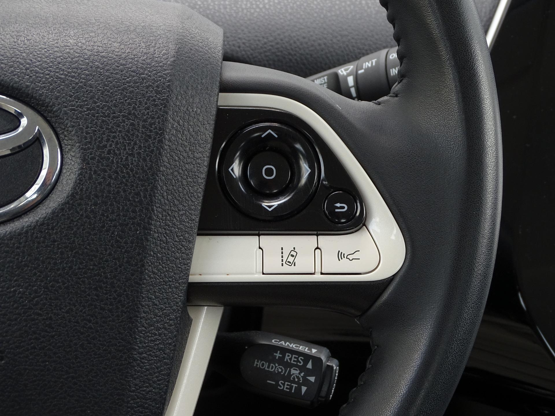 Used-2018-Toyota-Prius-Three-Touring