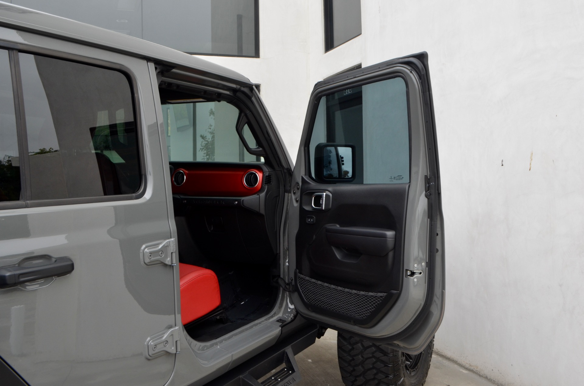 Used-2021-Jeep-Wrangler-Unlimited-Rubicon