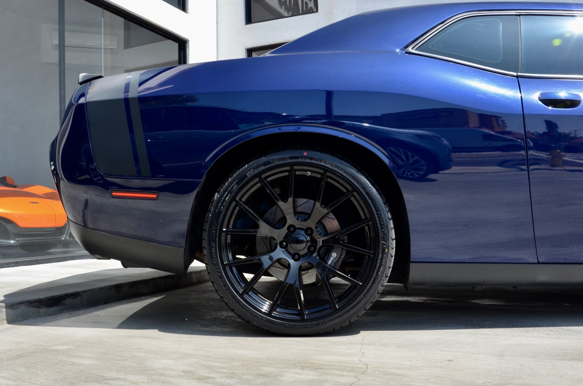 Used-2016-Dodge-Challenger-392-HEMI-Scat-Pack-Shaker