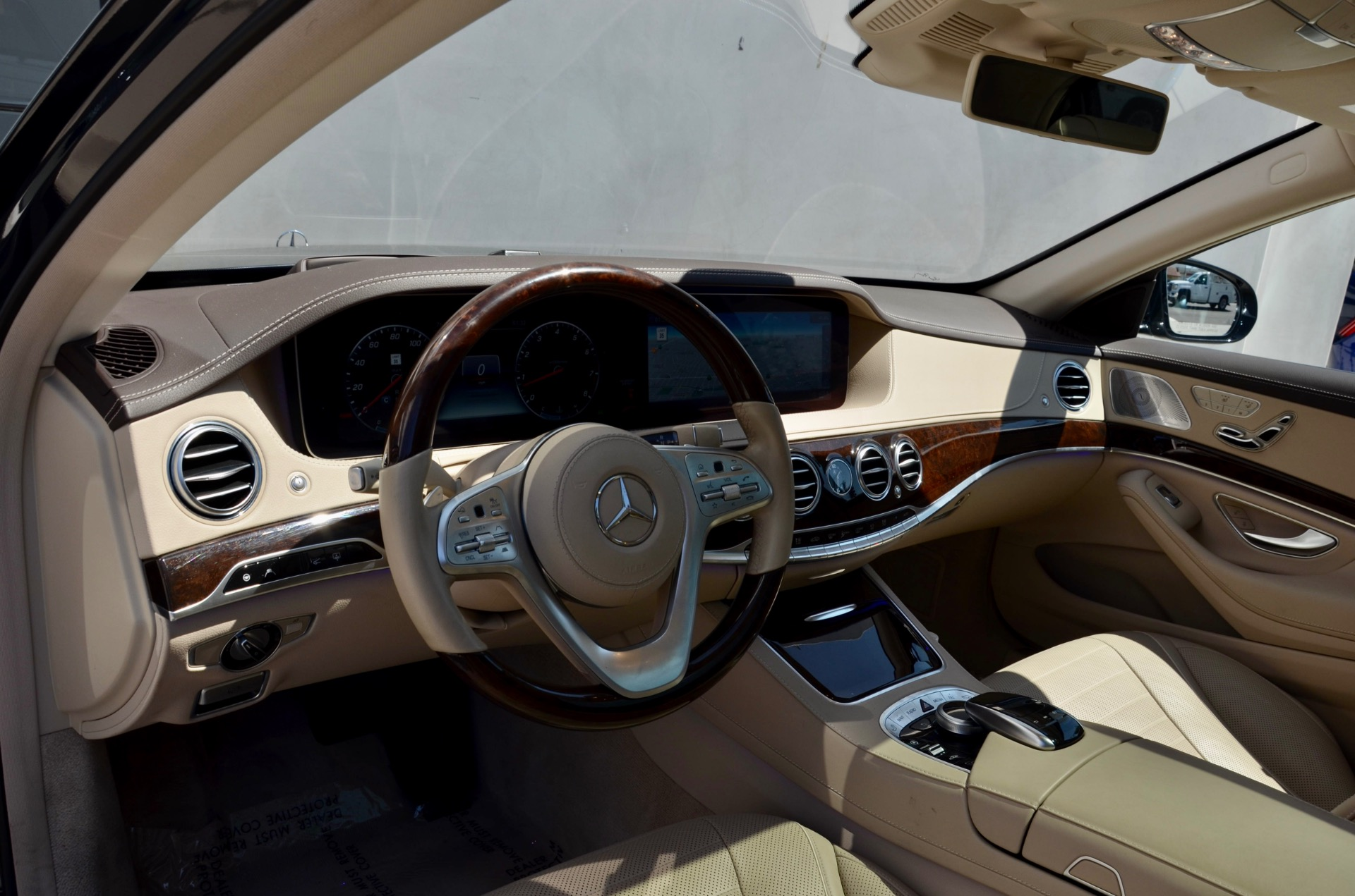 Used-2019-Mercedes-Benz-S-Class-S-560