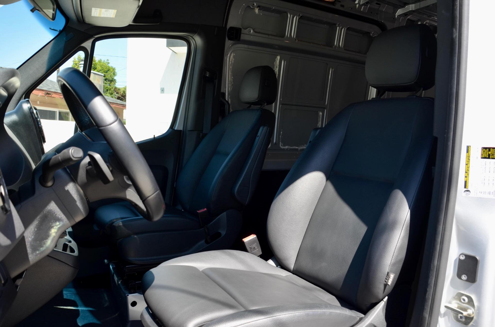 Used-2019-Mercedes-Benz-Sprinter-Cargo-2500